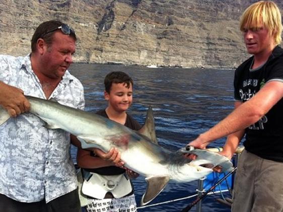 Pecanje morskog psa, Ekskurzije na Tenerifima