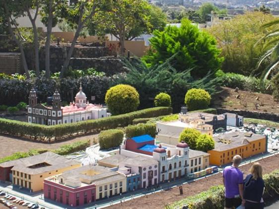 , Tenerife Theme Parks